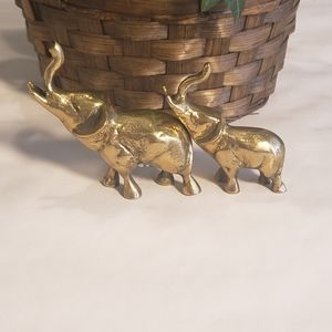 Vintage Solid Brass Elephant Pair